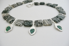 7 green pod picasso necklace
